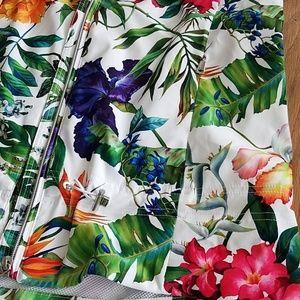 Polo by Ralph Lauren Jackets & Coats - 🏌️♂️⛳NWT Polo Golf Hawaiian Print Vest ⛳🏌️♂️